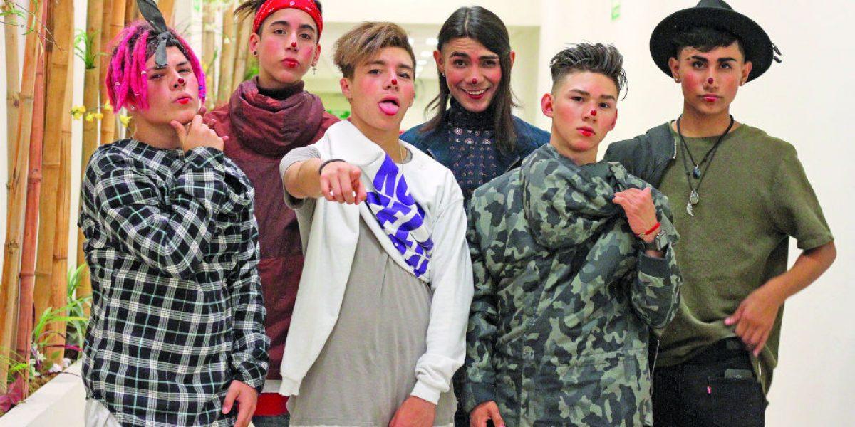 Konstelación: Dejan de bailar en fiestas de XV años para formar una boy band