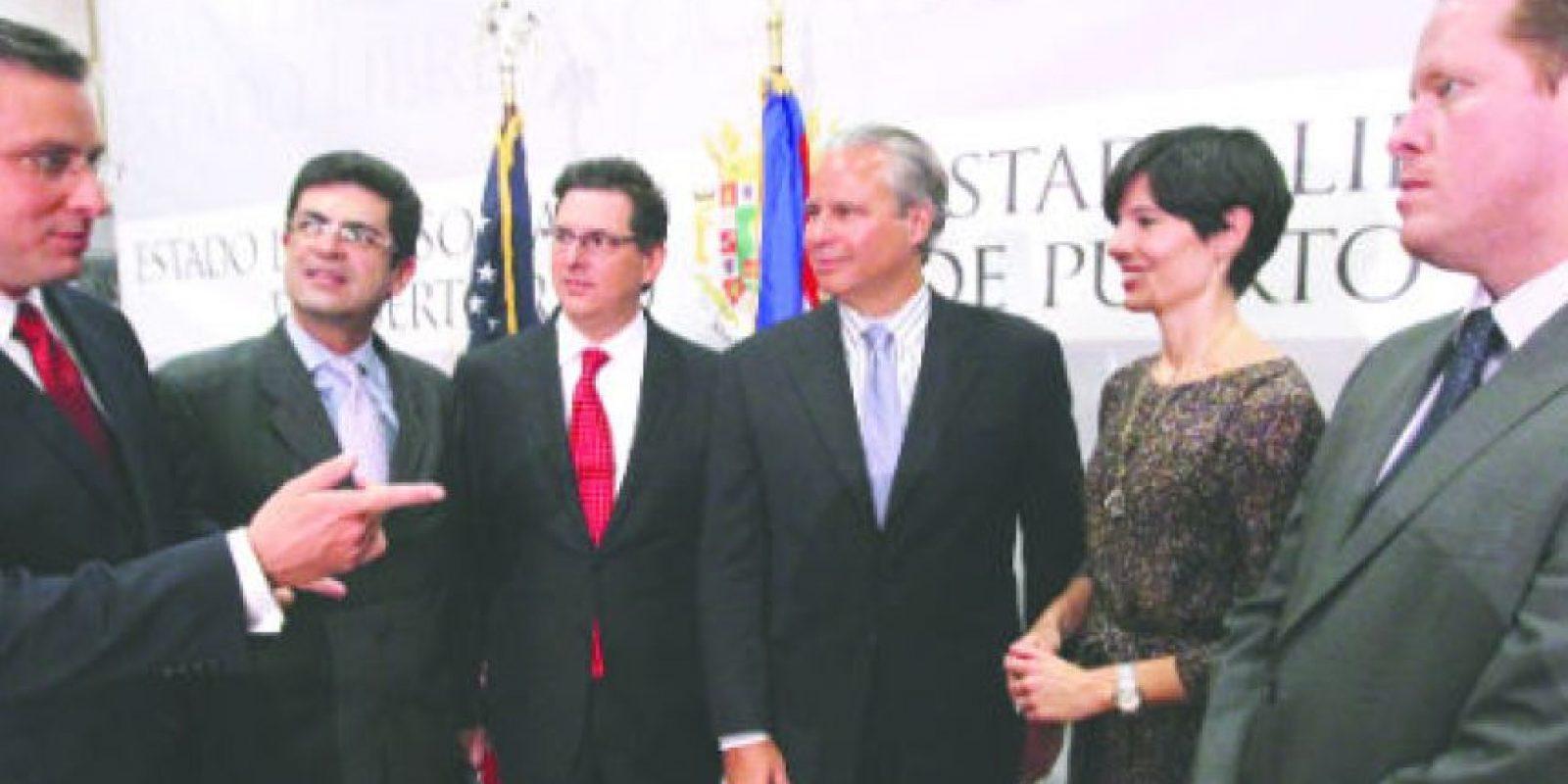 Parte del equipo de trabajo del gobernador electo, Alejandro García Padilla Foto:Keno Rodríguez. Imagen Por: