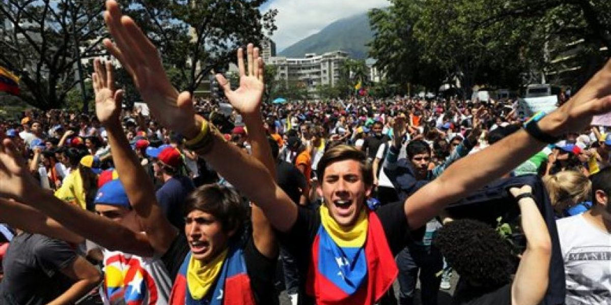 Nuevas protestas en Venezuela a favor y en contra de Maduro
