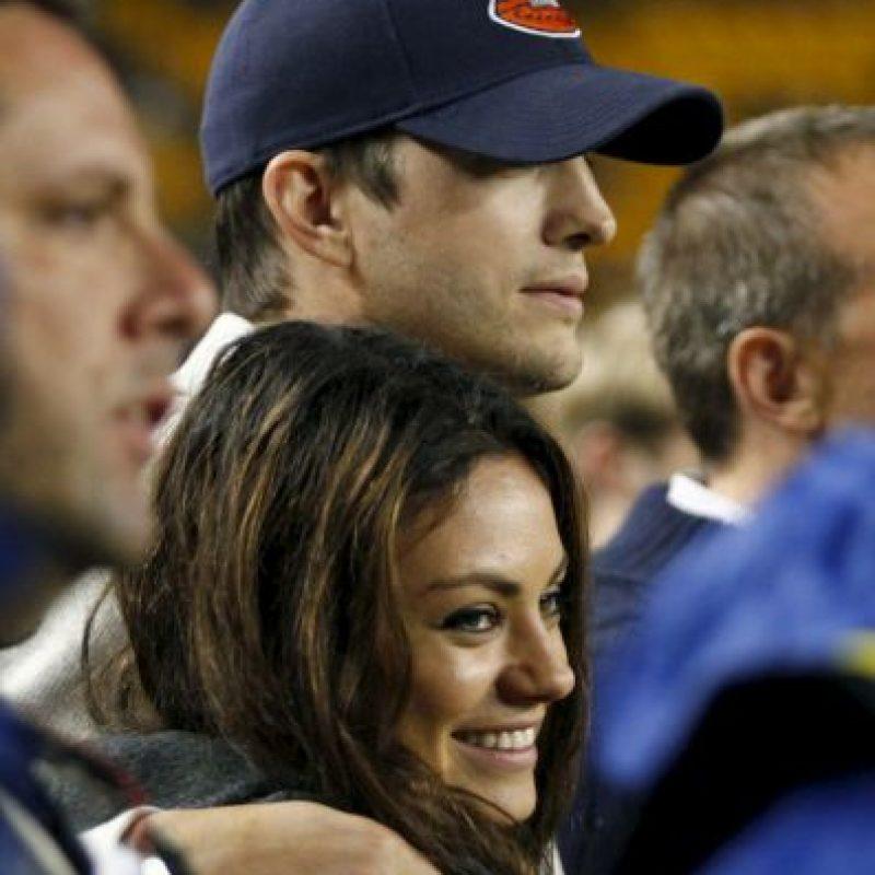 Mila Kunis y Ashton Kutcher Foto:Getty Images. Imagen Por: