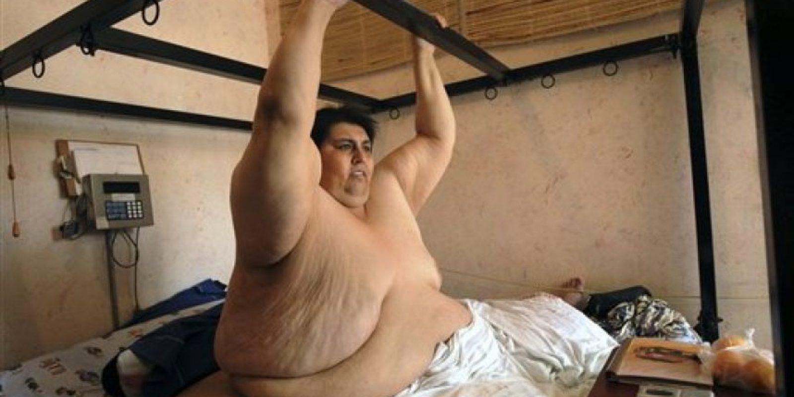 Худой парень ебет толстую жопу, Толстый мужик ебёт девчонку (видео) 16 фотография