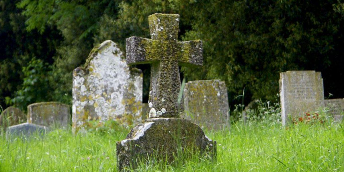 Medida busca que DACO regule tarifas de entierro y exhumación