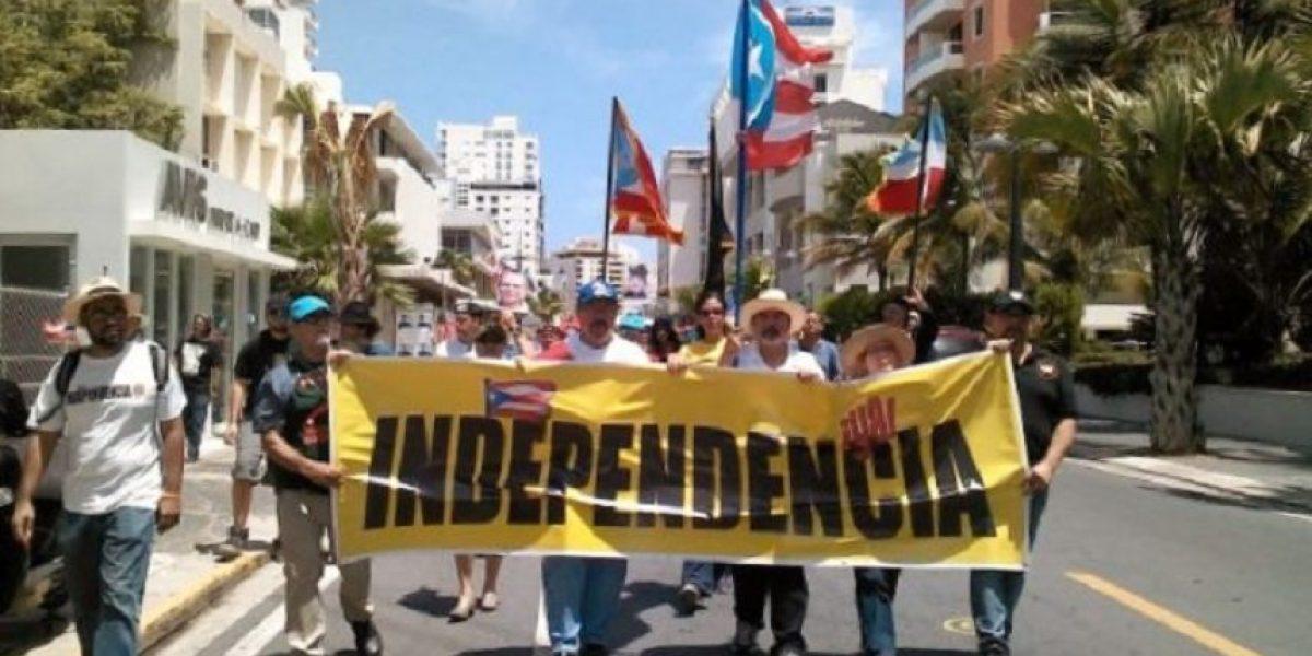 Marchan en reclamo de la independencia