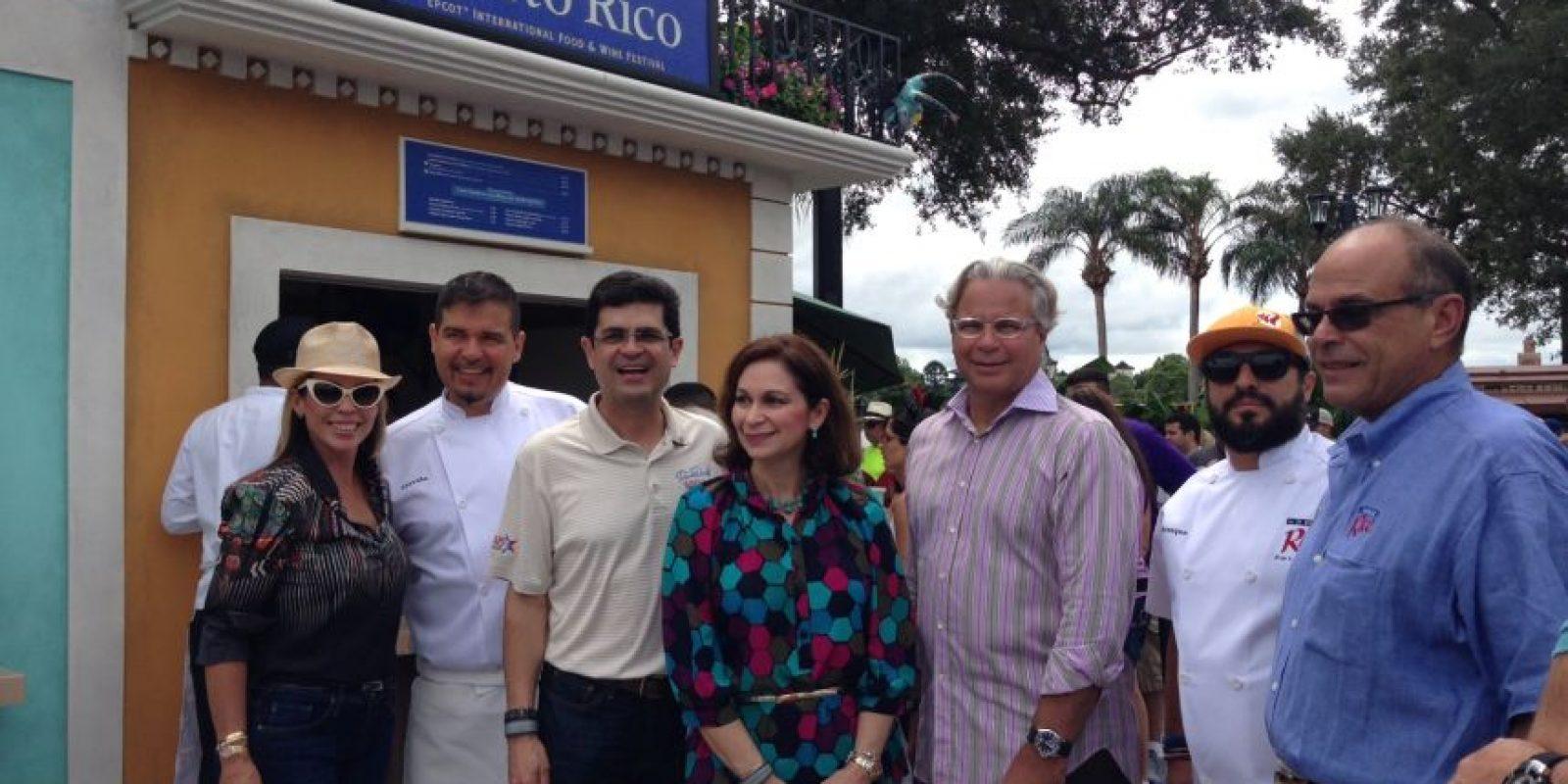 Delegación de funcionarios de Puerto Rico de visita en el pabellón Foto:Cindy Burgos/ Metro Puerto Rico. Imagen Por: