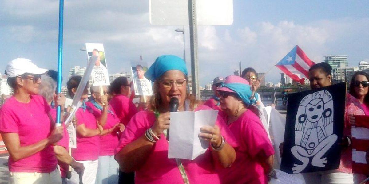 Artesanas y médicas se unen a la lucha por excarcelación de Oscar López Rivera