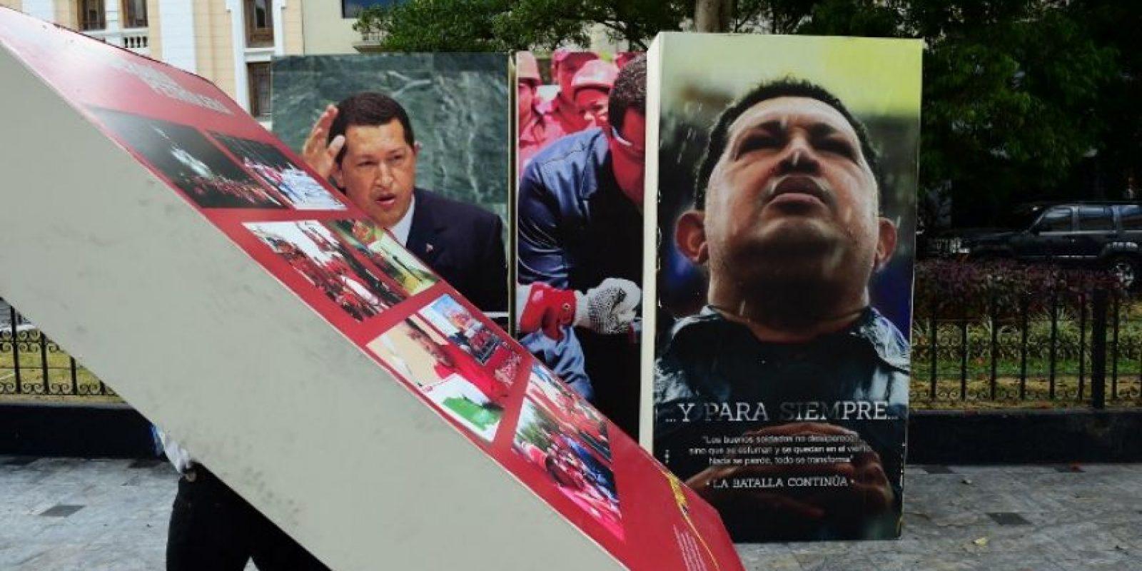 Como fiel seguidor del chavismo, el mandatario venezolano asegura estar indignado. Foto:AFP. Imagen Por: