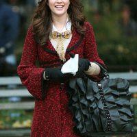 """Leighton Meester participó como la niñera en """"Una noche fuera de serie"""" y en """"Monte Carlo"""", con Selena Gomez. Foto:vía The CW. Imagen Por:"""