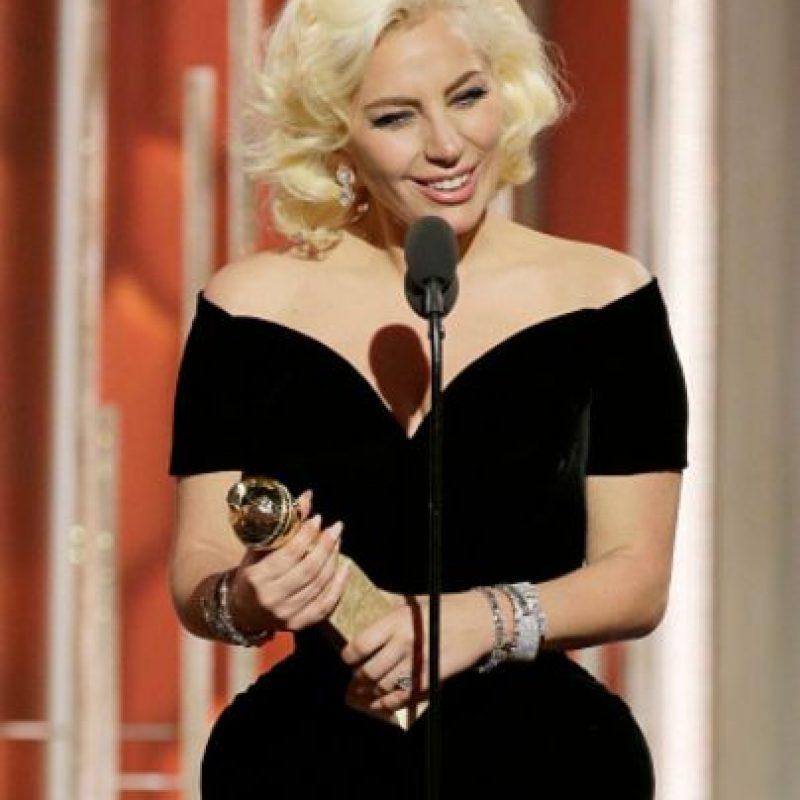 "Lady Gaga ganó como ""Mejor Actriz de Miniserie"". Foto:vía Getty Images. Imagen Por:"