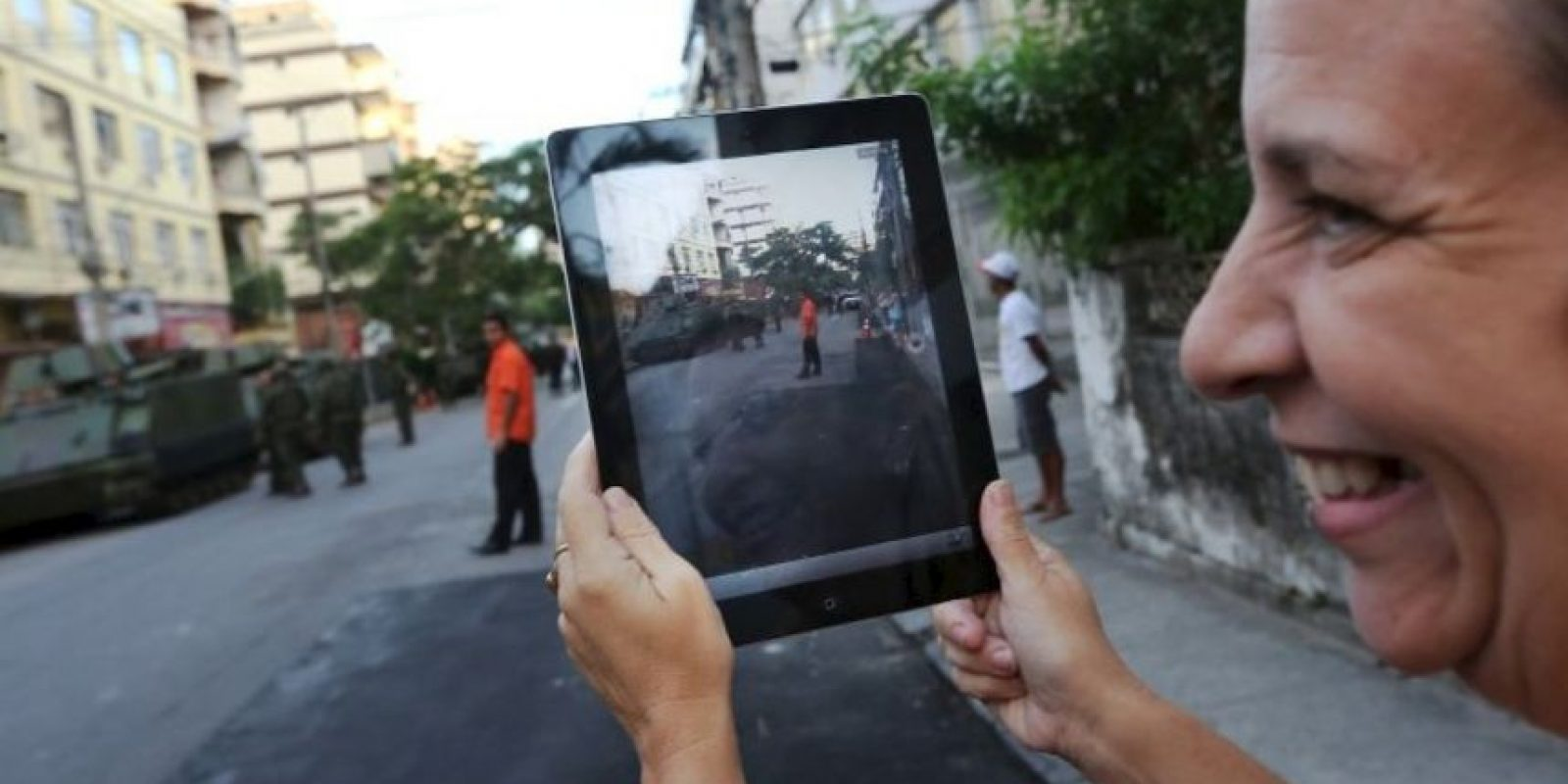 3. Intenten dejar de ver el teléfono, colóquenlo en un lugar que no permita que lo vean cada 5 minutos. Foto:Getty Images. Imagen Por: