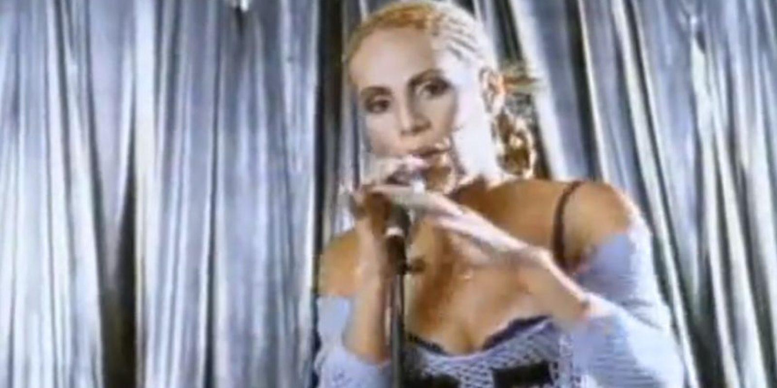 """En 2003 lanzó su disco """"Diva"""", que la consagró internacionalmente. Foto:vía Youtube. Imagen Por:"""