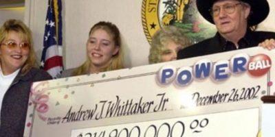 """Andrew """"Jack"""" Whittaker ya era rico cuando en 2002 ganó casi $315 millones de dólares. Apesar de que quiso compartir el no pudo escapar de sus propios demonios Foto:Pinterest. Imagen Por:"""