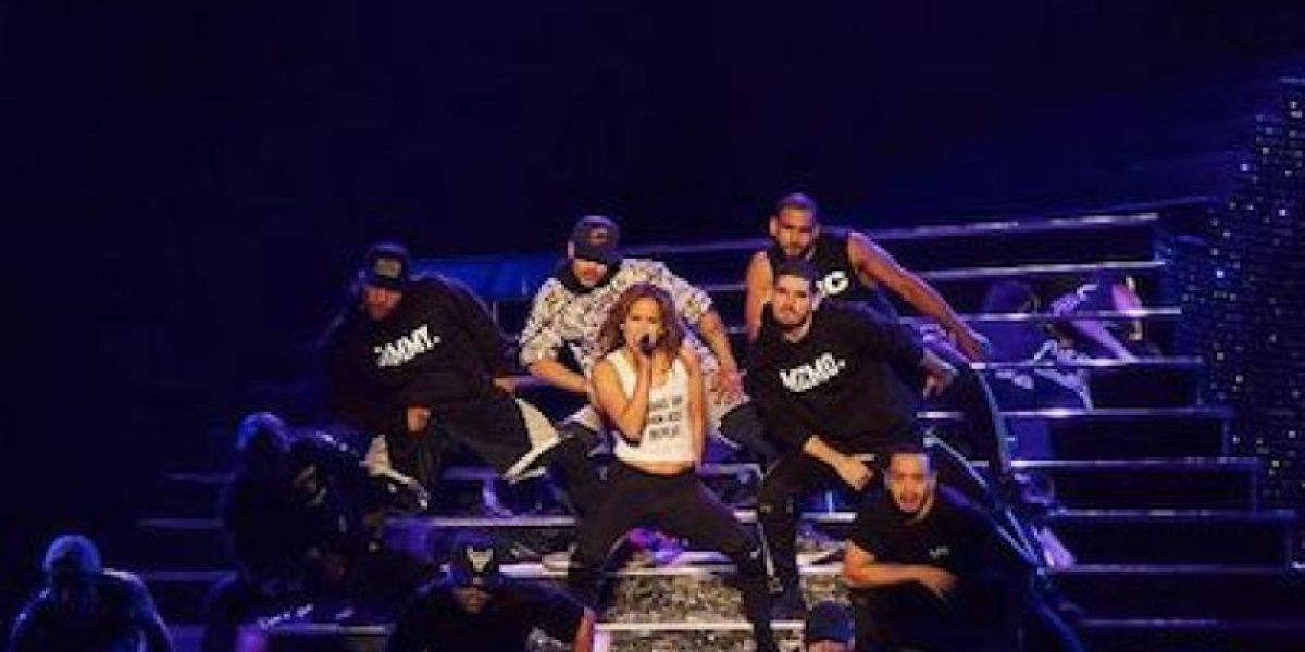 Jennifer López muestra de más en concierto en Las Vegas