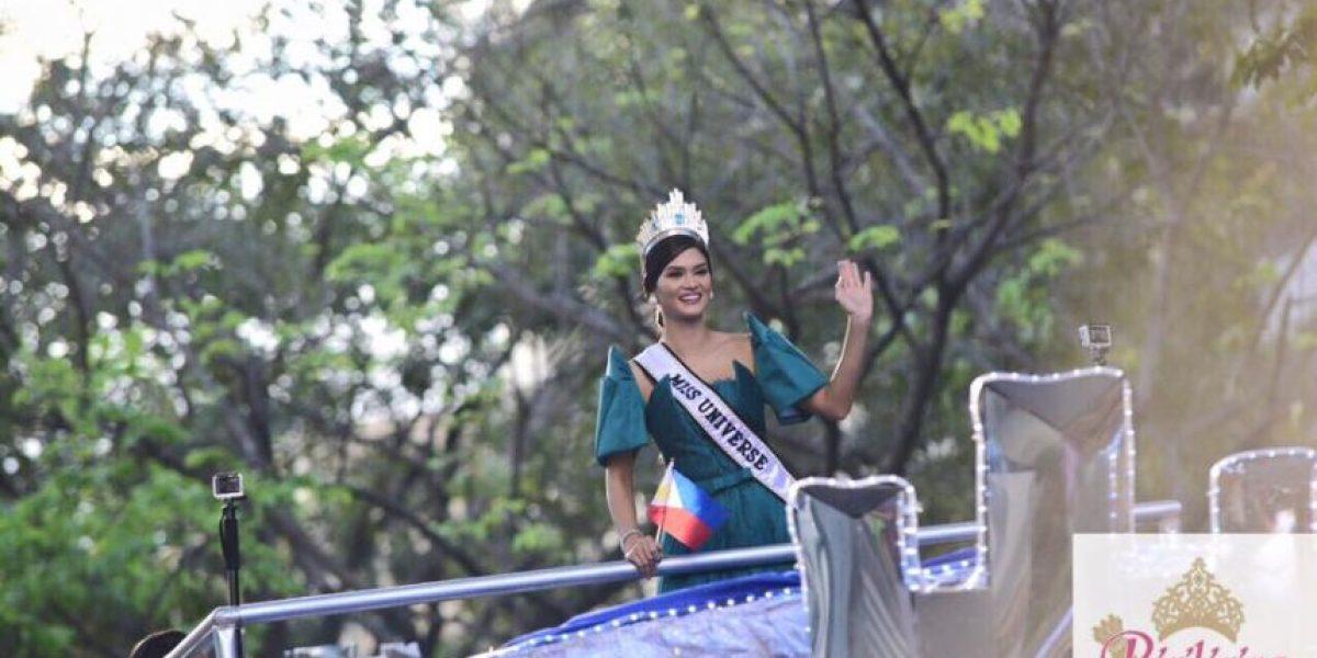 Miss Universo 2015 recorre calles de Filipinas