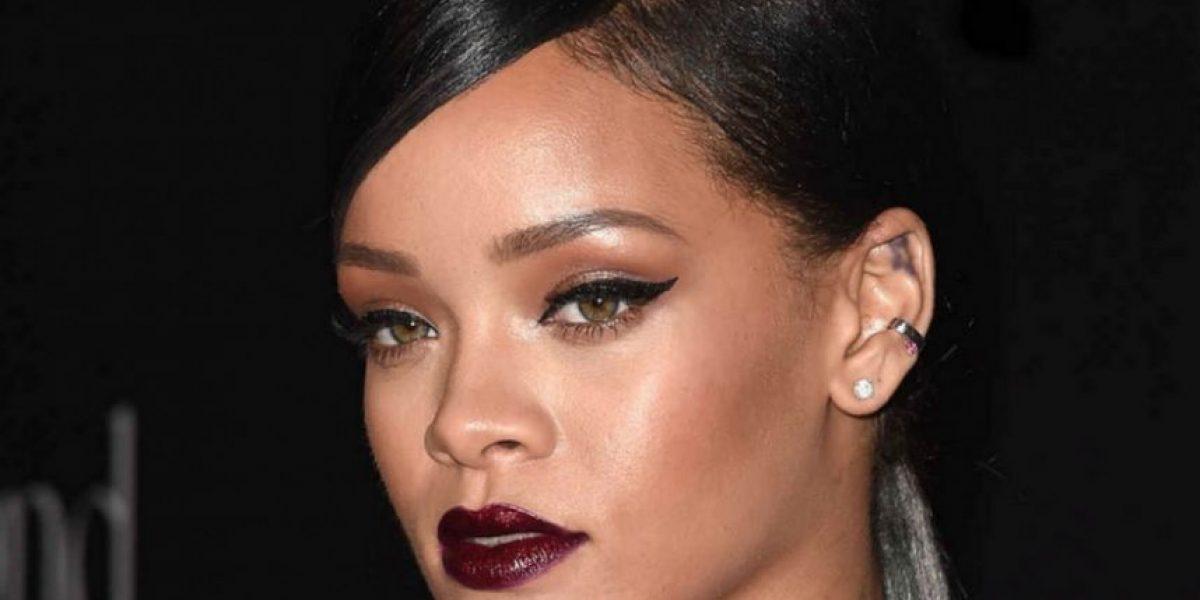 Filtran fotografía de beso entre Leonardo DiCaprio y Rihanna