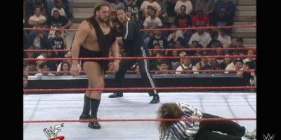 Agredió a Mankind, el 16 de febrero de 1999 Foto:WWE. Imagen Por: