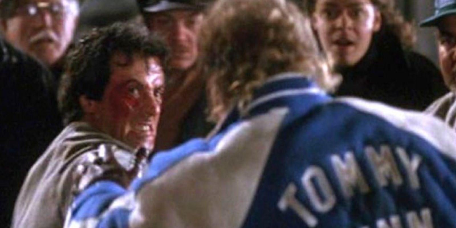 Rocky le da una paliza. Foto:vía United Artists. Imagen Por: