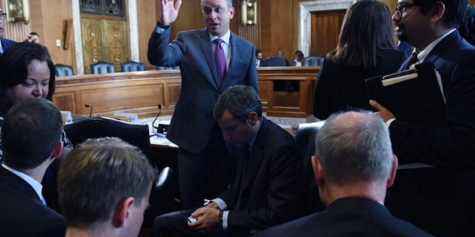 El Gobernador de Puerto Rico, Alejandro Garcia Padilla, habla con la prensa. Foto:EFE. Imagen Por: