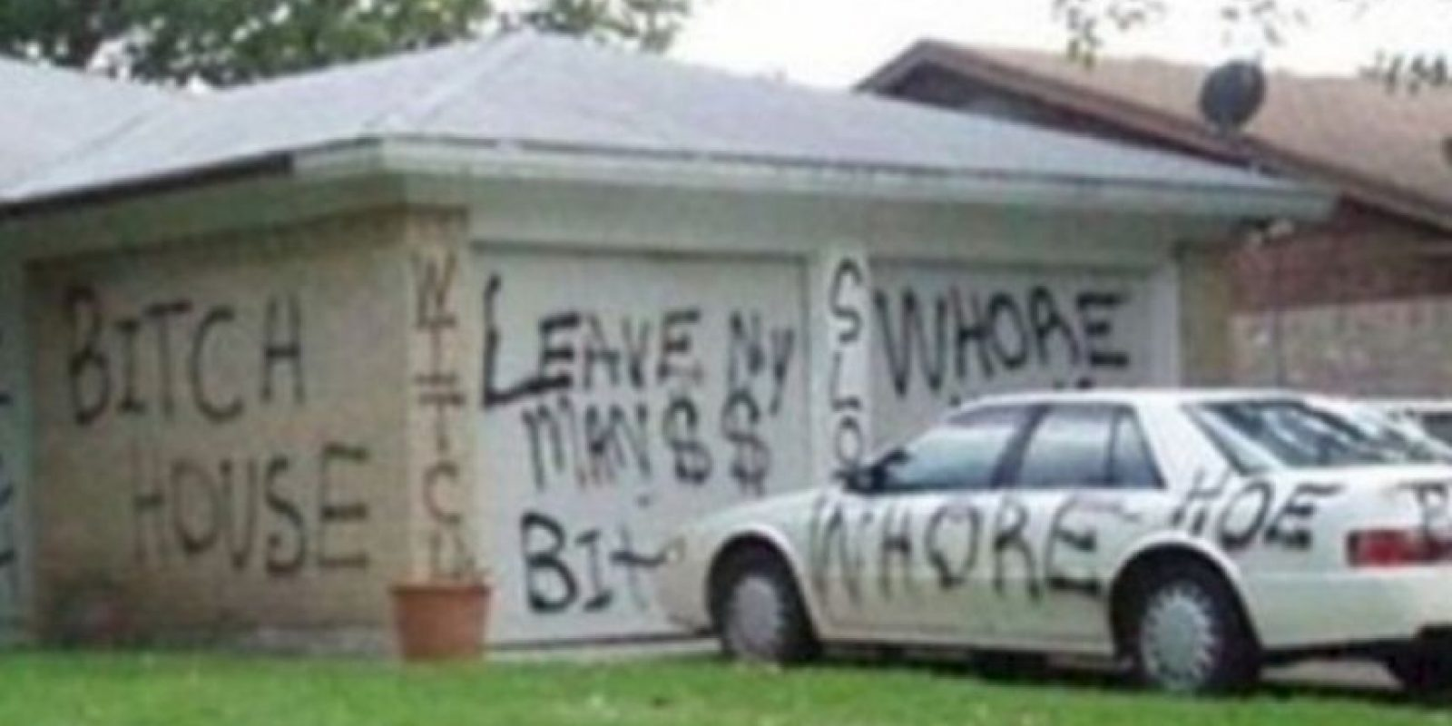 """La que pintó completamente la casa de """"la otra"""". Foto:vía Twitter. Imagen Por:"""