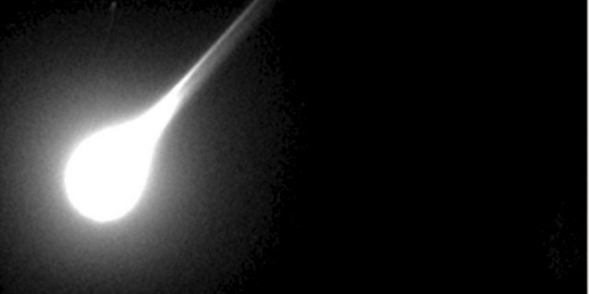 Meteorito ilumina los cielos sobre estados de centro de EE.UU.