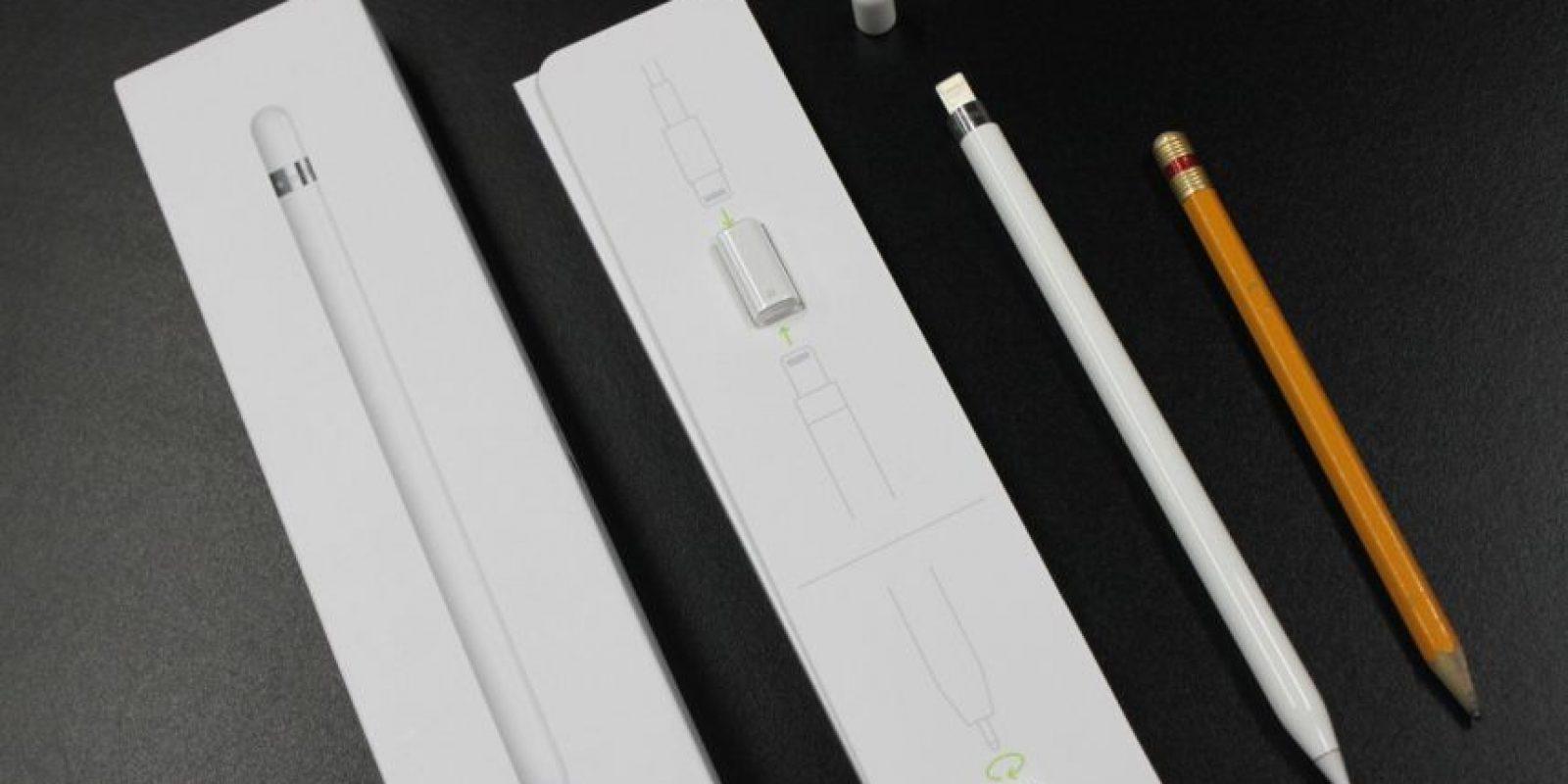 Comparativo del Apple Pencil con un lápiz de madera. Foto:Nicolás Corte