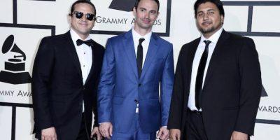 Rodriguez Brothers posan a su llegada a la ceremonia de entrega de los 58 edición de los Premios Grammy hoy, lunes 15 de febrero de 2016, en el Staples Center de Los Ángeles, California Foto:EFE. Imagen Por: