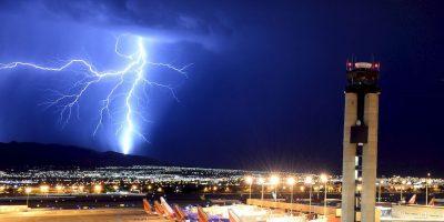 4. Manténgase en el interior durante 30 minutos después de haber visto el último rayo o trueno. Foto:Getty Images. Imagen Por: