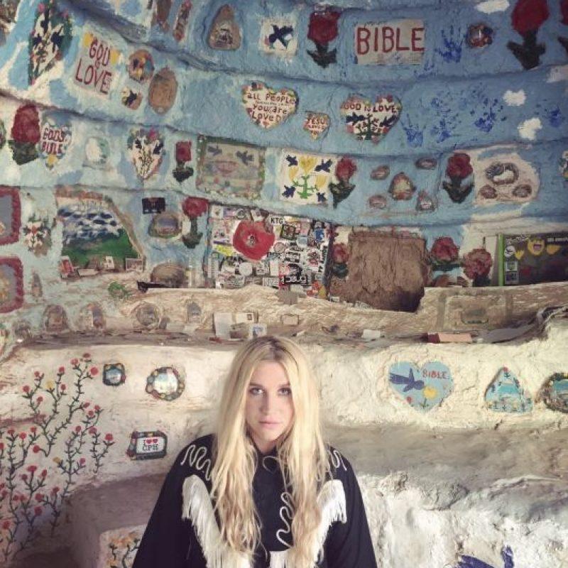 Es una cantante, compositora, rapera, bailarina y actriz estadounidense. Foto:vía instagram.com/iiswhoiis. Imagen Por: