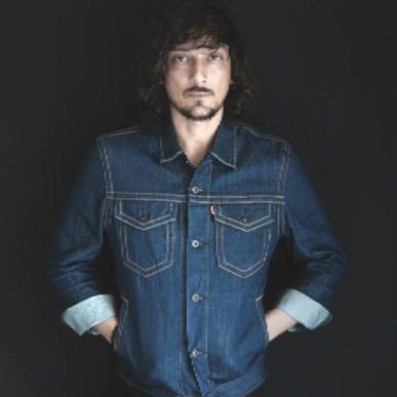 El cantautor ya tiene 42 años. Foto:vía Facebook/Leon Larregui. Imagen Por: