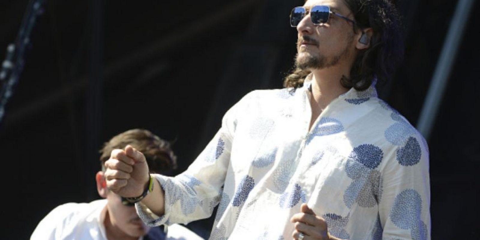 Larregui decidió lanzarse como solista en 2012, pero aparte de su banda. Foto:vía Getty Images. Imagen Por: