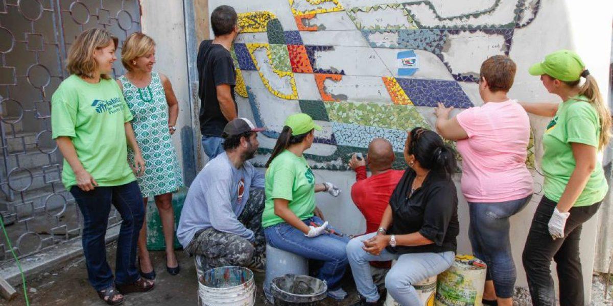 Un Rayo de Luz para familias de escasos recursos en Santurce