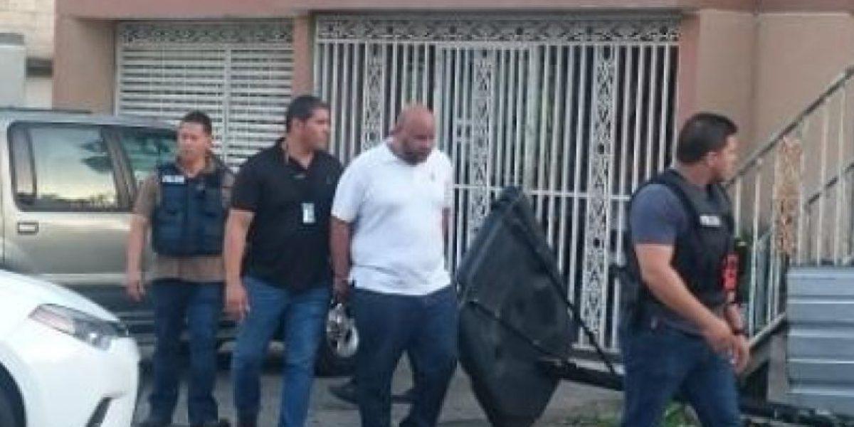 """Arrestan prófugo federal alegado miembro de ganga de """"Canito Navarro"""""""
