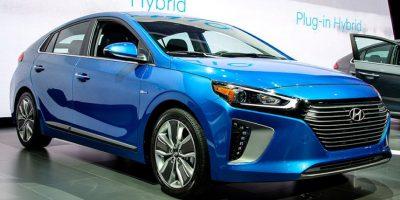Por el lado de Hyundai, se presentaron tres versiones del nuevo Ioniq: una híbrida,otra híbrida electrónica y una tercera completamente eléctrica. Foto:Suministrada. Imagen Por:
