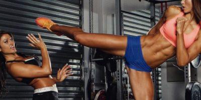 Es una entrenadora fitness célebre por su embarazo. Foto:vía Instagram. Imagen Por: