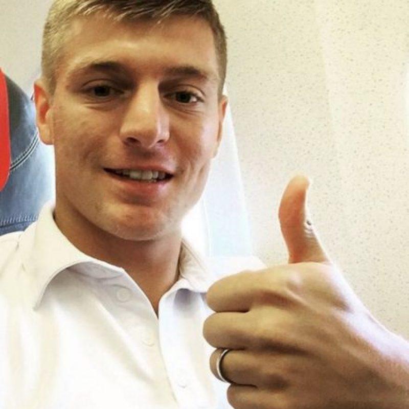 Es alemán, juega como mediocampista y tiene 26 años. Foto:Vía instagram.com/toni.kr8s. Imagen Por: