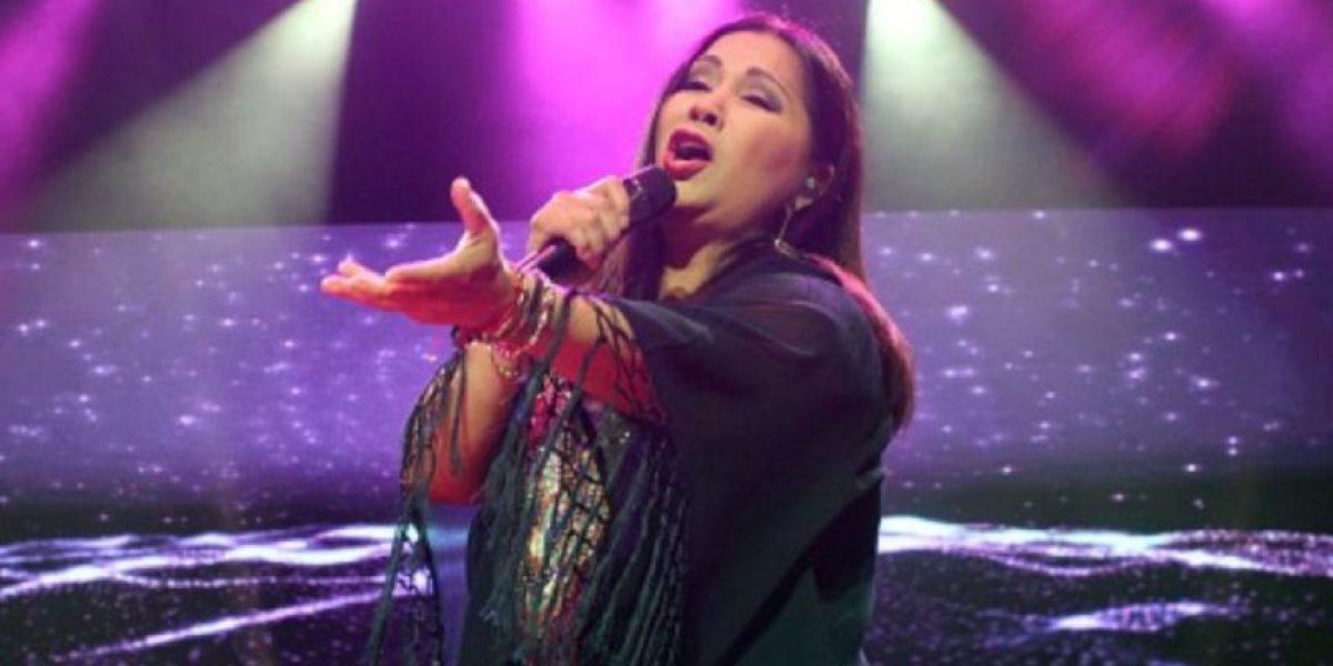 Murió la mamá de esta famosa cantante romántica