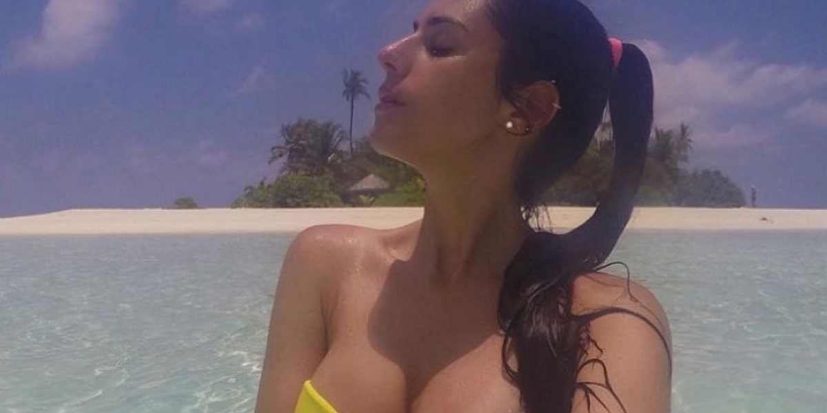 La basquetbolista más guapa pierde el bikini en la playa