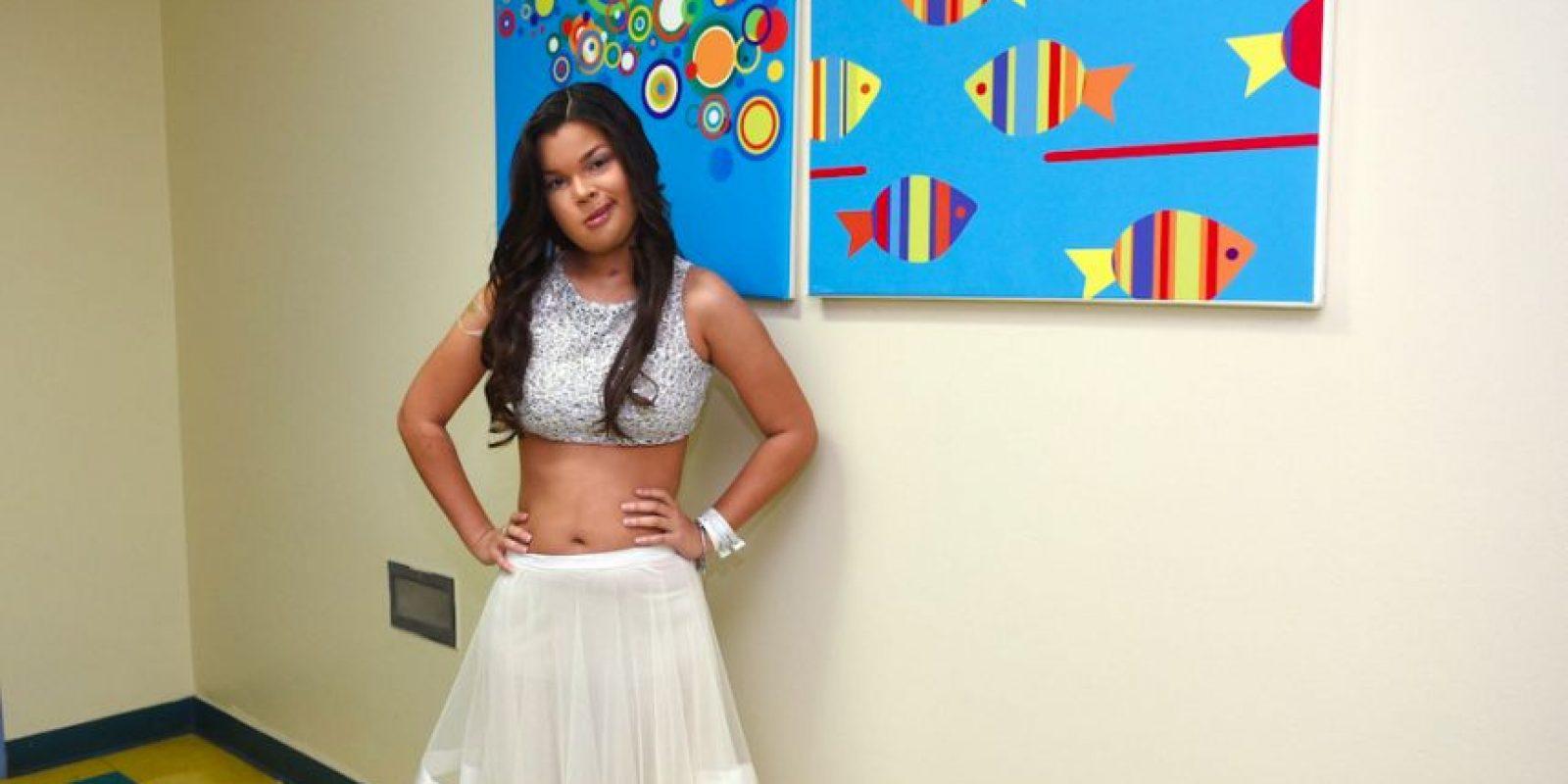 La estilista Coral Ramos Narvaez estudiante de Modern Hair Institute, donó a Stephanie todo su arreglo personal para el evento de premiación del Festival. Foto:Dennis A. Jones/ Metro Puerto Rico. Imagen Por: