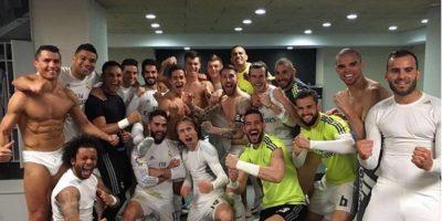 Con esta foto, el Real Madrid festejó su triunfo en el Clásico de España Foto:Twitter.com. Imagen Por: