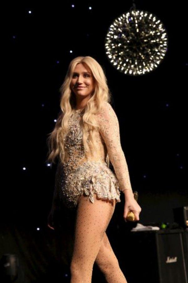 En aquel momento, el también productor de Lady Gaga, Katy Perry y Rihanna, contraatacó y aseguró que Kesha y su madre, Pebe Sebert, habían inventado dichas declaraciones para liberar a la estrella pop de su contrato y así iniciar una nueva empresa que gestionara su carrera. Foto:Getty Images. Imagen Por: