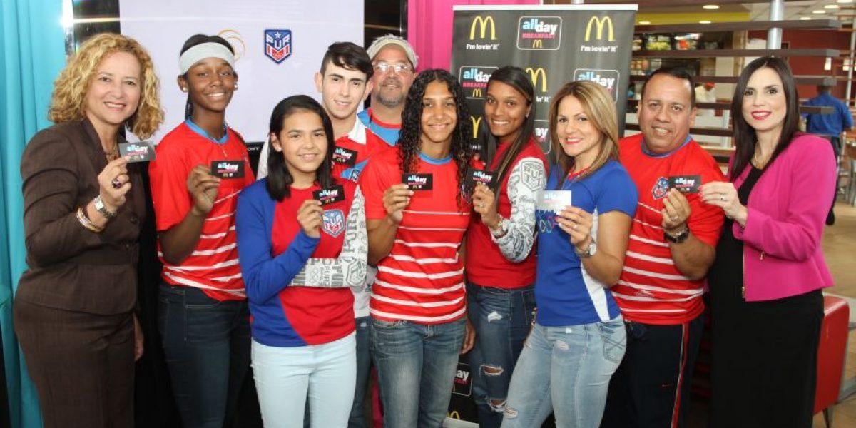 Atletas y entrenadores puertorriqueños desayunarán gratis en McDonald's