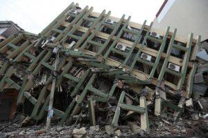 Ecuador se recupera de devastador terremoto Foto:AFP. Imagen Por: