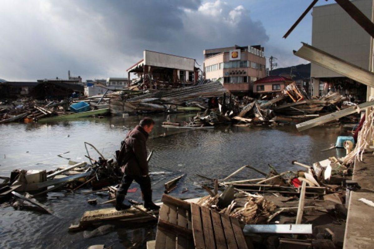 9. 11 de marzo de 2011, Japón: El tsunami causó la fusión de tres reactores de la planta nuclear de Fukushima. Foto:Getty Images. Imagen Por: