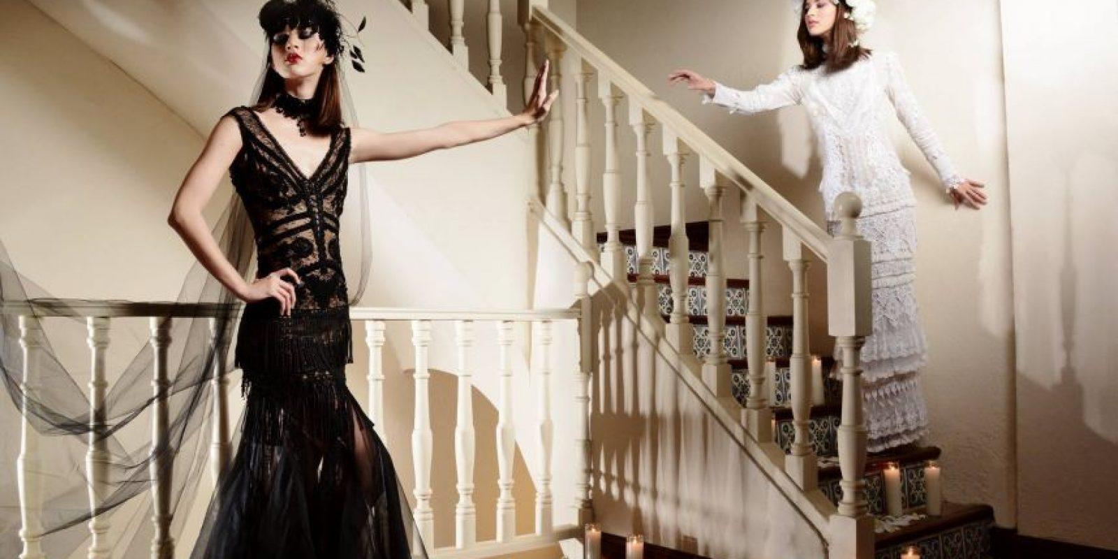 """Vestidos de la colección """"Meet me at midnight"""" de Lisa Cappalli. Foto:Facebook: San Juan Moda. Imagen Por:"""