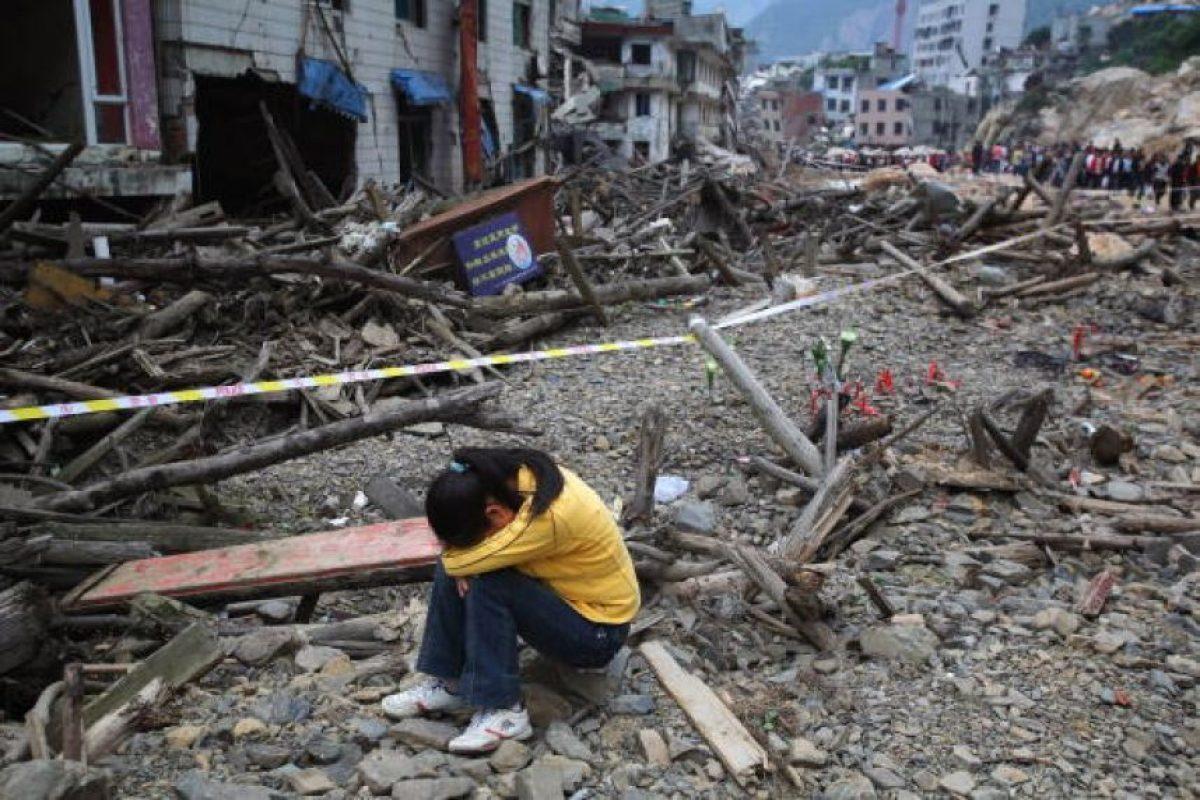 7. 12 de mayo de 2008, Sichuan, China: Se estima que más de 45,5 millones de personas de 10 provincias se vieron afectadas. Foto:Getty Images. Imagen Por:
