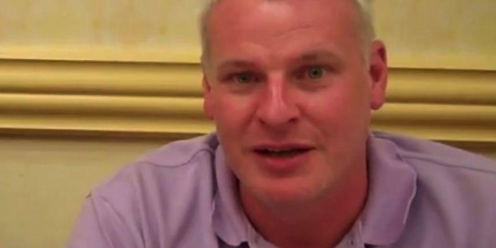 Harvey Stephens es agente inmobiliario Foto:YouTube NzaSixx's Channel. Imagen Por:
