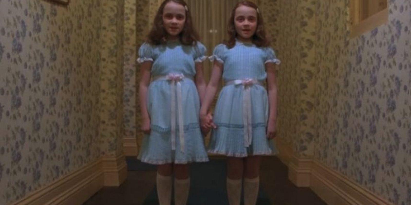 """Las gemelas de """"El Resplandor"""" Foto:Facebook """"El resplandor"""". Imagen Por:"""