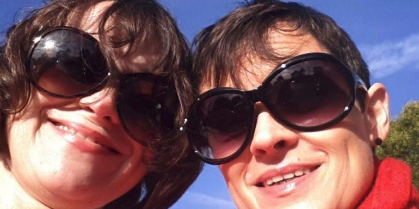 Lisa y Louise Burns dejaron el mundo del espectáculo tras esta película para centrarse en su educación. La primera es profesora de literatura, mientras que Louise es bióloga. Foto:Facebook Shining Twins. Imagen Por: