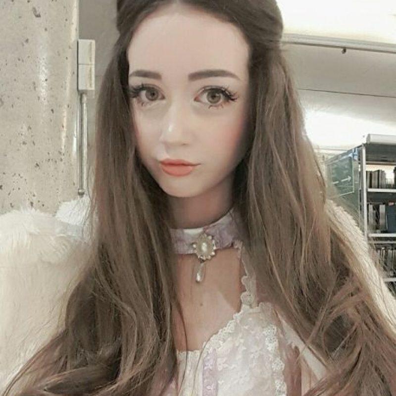 Ama vestirse como muñeca. Foto:vía Facebook/Hannah Gregory. Imagen Por: