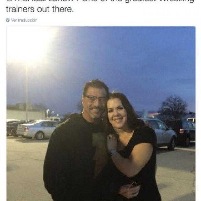 """""""Siempre es tan divertido cuando veo a mi compadre Al Snow. Uno de los mejores entrenadores de lucha libre"""". Foto:Twitter.com/ChynaJoanLaurer. Imagen Por:"""