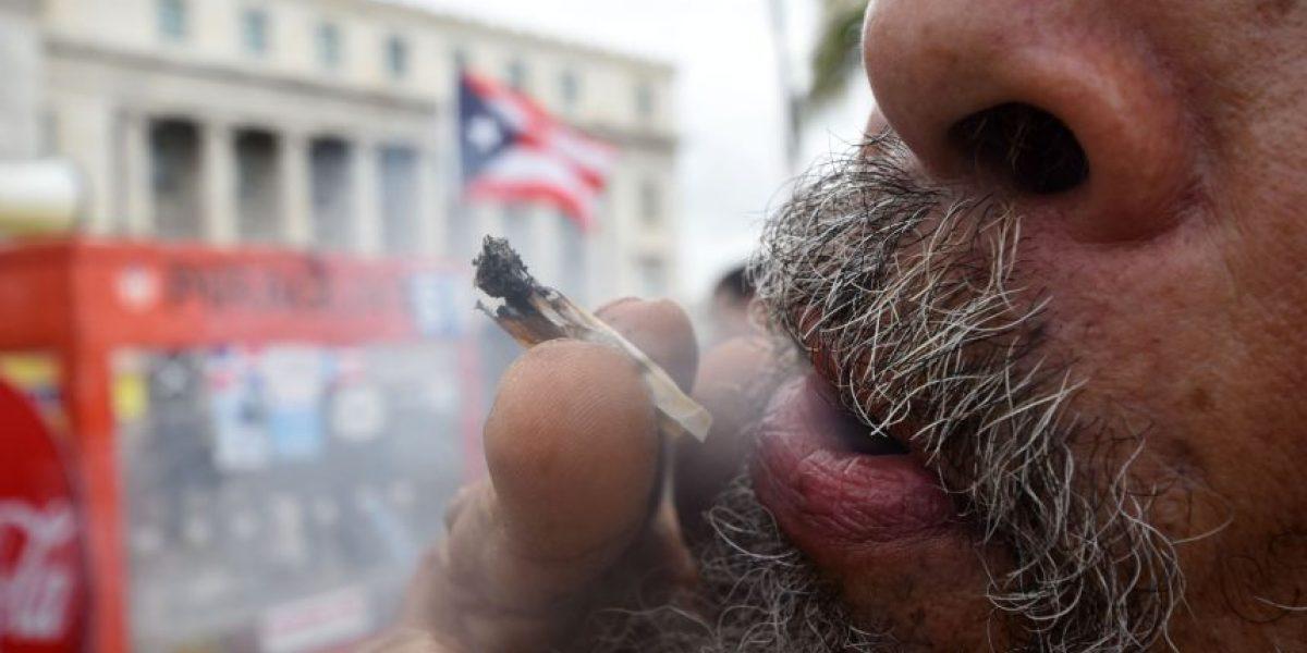 Justifican arrestos de personas que fumaban marihuana frente al Capitolio